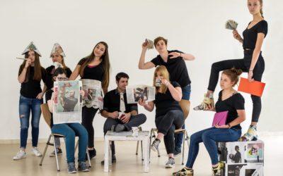 Darstellendes Spiel: Szenischer Theaterabend der sechsten bis elften Klassen