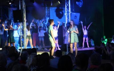 """Dancing Queen – Mama Mia, was ein Musical"" – Fulminanter Auftakt"