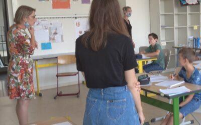 Frau Dr.  Hubig besucht die Sommerschule der IGS Frankenthal